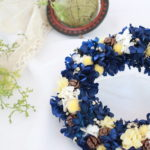 blue-yellow-wreath