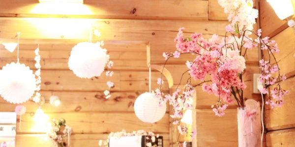 北海道で季節を先取り  造花の装飾、冬から春へ