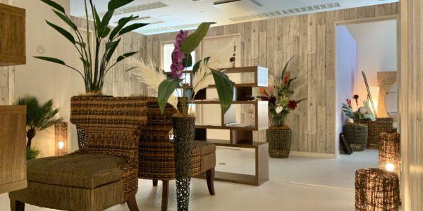 装飾ページにフェイクグリーン・造花のディスプレイご利用例を追加 ほか